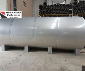 2o tonluk su deposu ve 20 tonluk su tankı